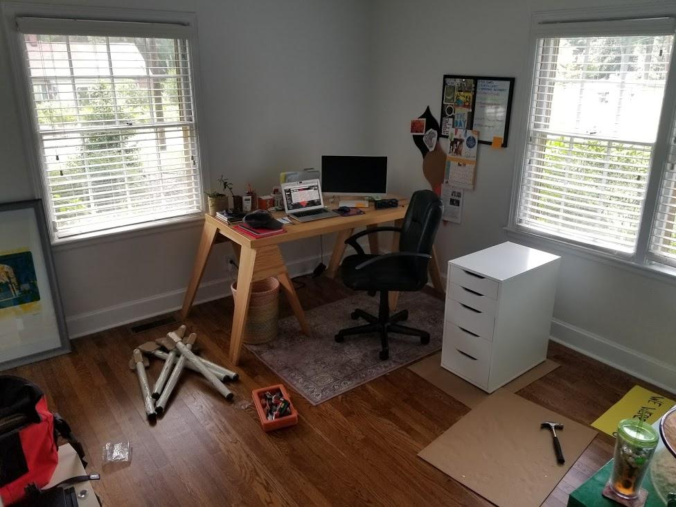 desk before2